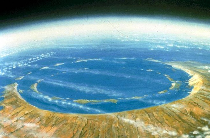 Chicxulub-Crater-Model-Mexico-680x447.jp