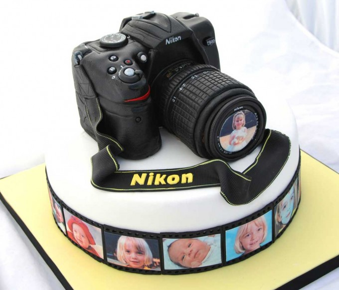 Camera Images For Cake : What Kind of Geek Are You? 50+ Cool Nerd Cakes - InfiniGEEK