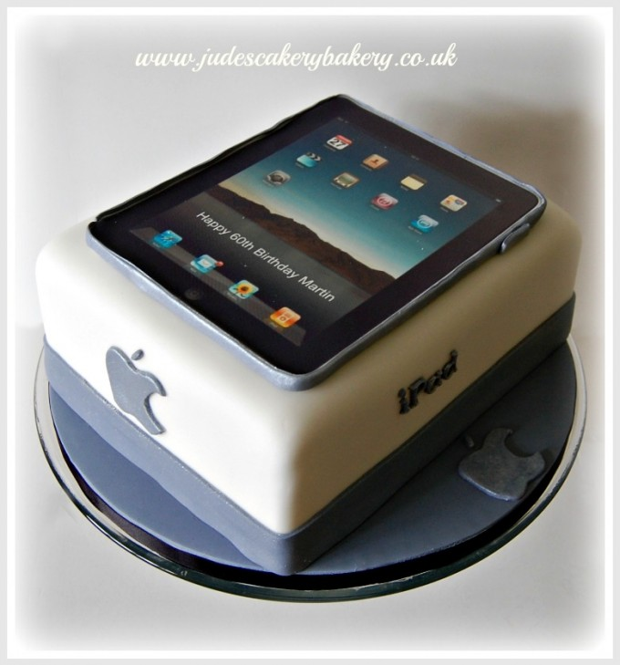 What Kind Of Geek Are You 50 Cool Nerd Cakes Infinigeek