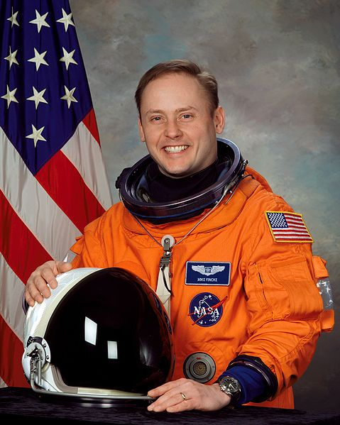 longest serving astronaut in space - photo #7