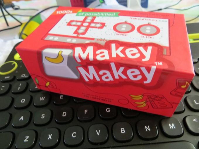 makey-makey-makerbox-quarterly-co-geek-diy