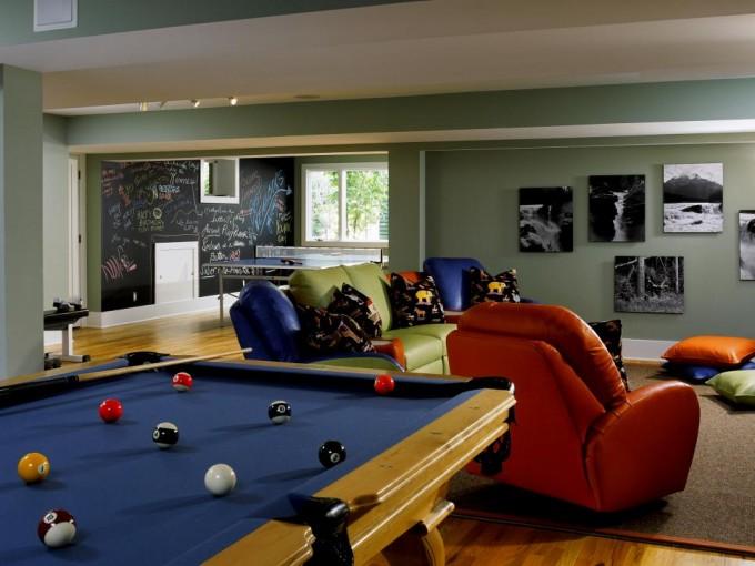 plush-man-cave-gaming-room-ideas