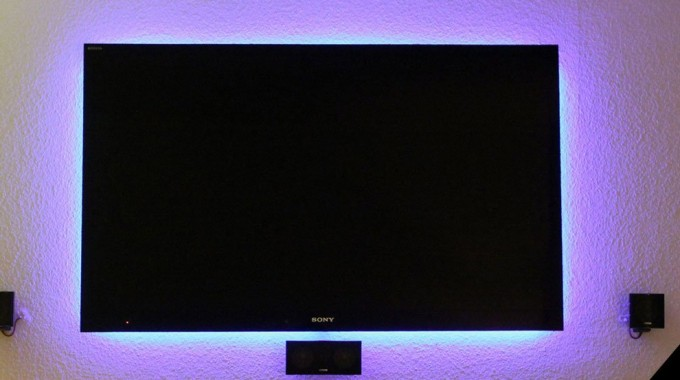 powered-backlighting-tv-led-strip