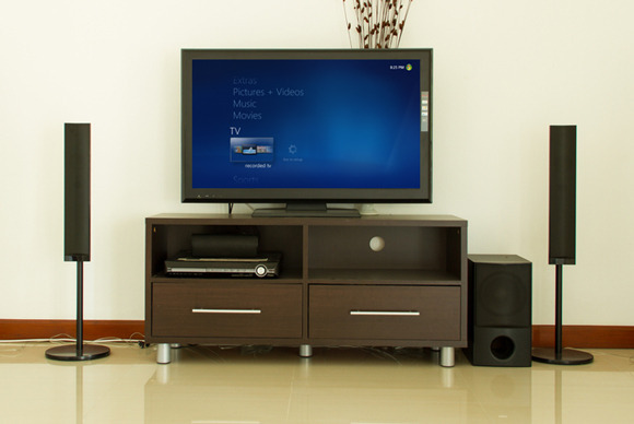 ultimate-windows-8-home-theater-pc-on-diy-budget
