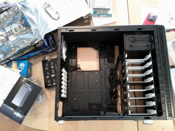 diy-build-a-pc-case-components