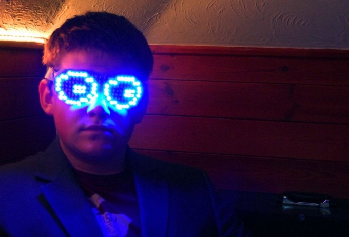 40 epic diy gadgets to build for geeks infinigeek el ee dee glasses solutioingenieria Images