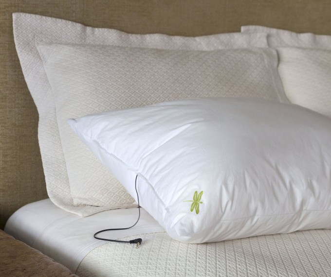 health-improve-sleep-gadget-pillow-music