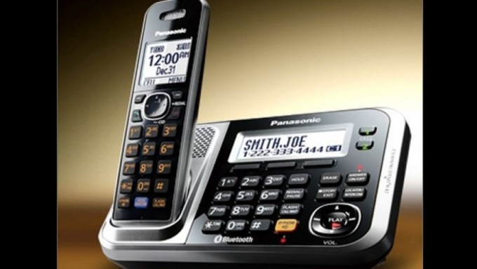sorry-cellphone-why-landlines-still-rock-for-business